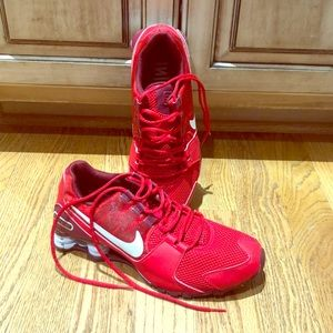 Nike Shox Men's Red Shoes US 10.5 Like New!